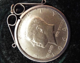Vintage 1964  J F Kennedy Half dollar Pendant in Leather vintage box
