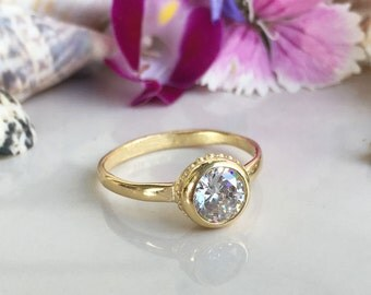20% off-SALE!!! Clear Quartz Ring - April Birthstone - Gold Ring - Gemstone Ring - Delicate Ring - Tiny Ring - Simple Ring - Bezel Ring