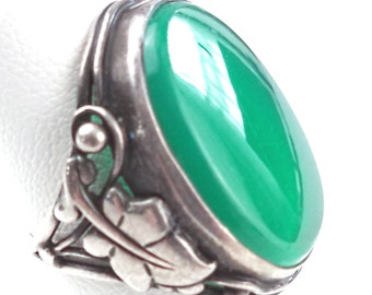 Chrysoprase and .900 silver ring, size 3 US