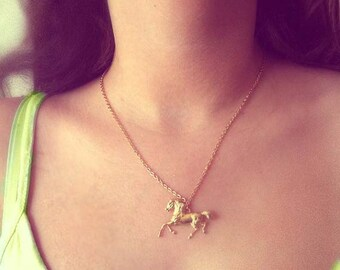 Gold Horse Necklace, Tiny Horse Necklace, Gold Horse Pendant, Cowgirl Necklace, Trotting Horse, Galloping Horse,Horse Necklace,Horse Pendant