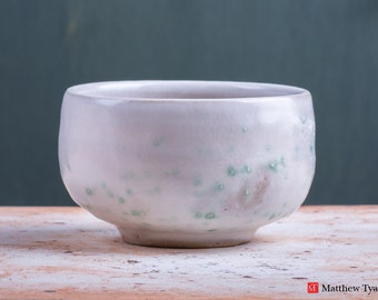 Chawan Tea Bowl with Spring Snow Glaze Decoration - Stoneware Pottery