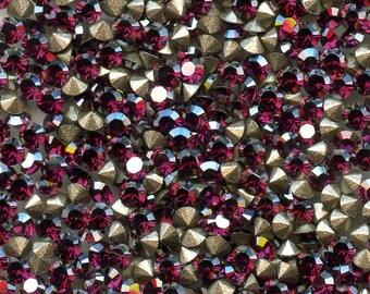 1028 PP10 FY***   50 Swarovski rhinestones point back PP10 (1.65mm)) fuchsia satin