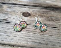 Spring Floral Earrings, floral Earrings, Leverback Earrings, Set of 2 earrings, cabochon earrings