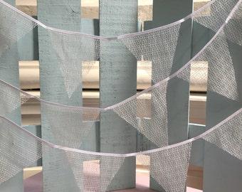 White net bunting