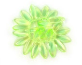 Uranium Yellow Green UV Active transparent uranium glass larger size 17 x 7mm daggers. Set of 12, 25 or 50.