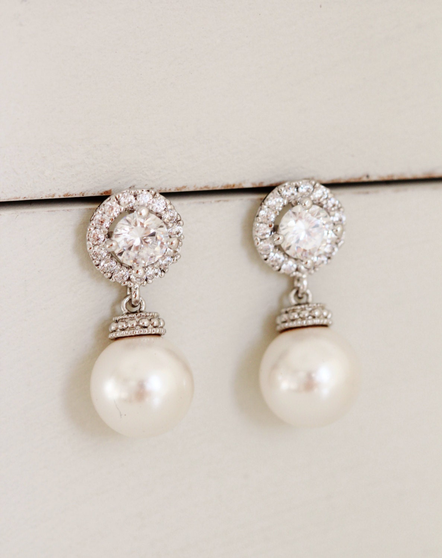 Pearl Bridal Earrings Pearl Wedding Jewelry White Ivory Swarovski Pearl Earrings Wedding Bridesmaid Gift Round Halo Earrings Bridal Jewelry