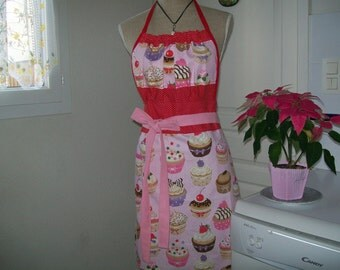 """Kitchen retro chic and stylish apron """"Cup cake"""" for woman"""
