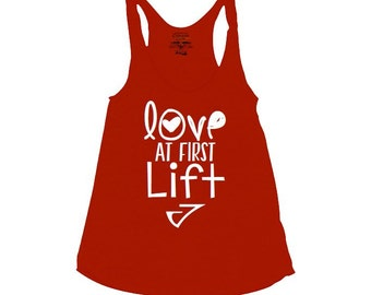 Love at first lift Graphic tank top