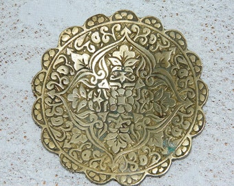 old ashtray of Moroccan origin... vintage, french ashtray
