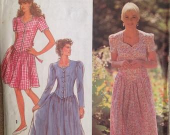 Simplicity 7672 Sewing Pattern (Vintage) UNCUT