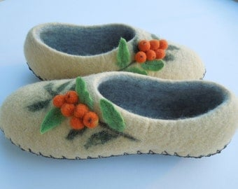 Women slippers with soles Felted slippers Organic wool women house shoes  Yellow slippers Organic wool clogs Eco friendly gift for her