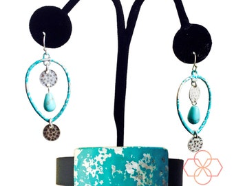 Jewelry Set for Fitbit Flex and Other Fitness Trackers - The ROXANNA Blue and Silver Activity Tracker Charm and Earrings Set - Free Shipping