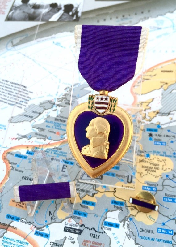 Slot brooch purple heart