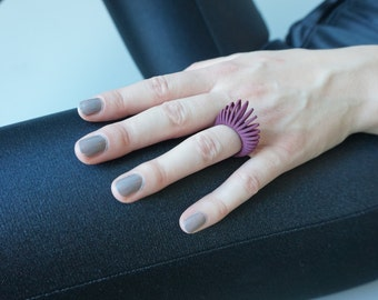 "3D printed ring ""Hollow Leaf"" - bordeaux"