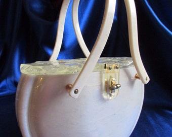 Rare VTG Lucite Handbag - Design Highlight