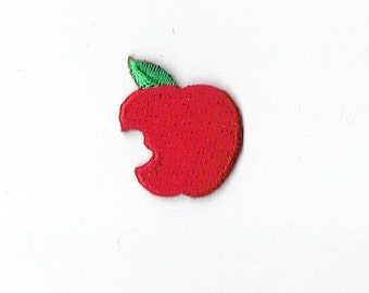 Red Apple Iron on Applique AP-511881