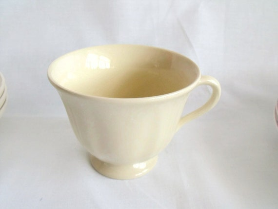 wedgwood cream ware, queens plain, china cup, replacement cup, queensware china, footed cup