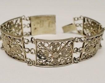 Gorgeous Vintage Sterling Silver Filigree Bracelet