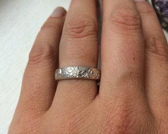 Garden vines • sterling silver ring • Size 8
