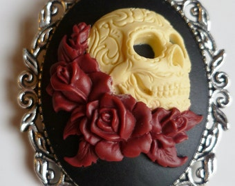 Day of the dead sugar skull with red roses cameo brooch gothic brooch pin Halloween brooch