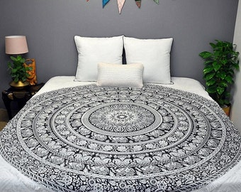 Mandala round bedcover tapetsery black and white wall decorative