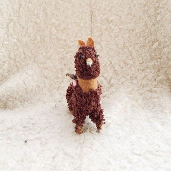 Amigurumi Alpacasso : Dodobob stuffed animal alpaca plush llama alpacasso