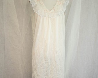 Vintage 1960's 'Hustle Your Bustle' Pink and White Silky Nightie With Floral and Lace Details Size S /M