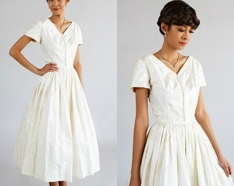 Vintage Tea Length Wedding Dress --- 1950s Cotton Dress