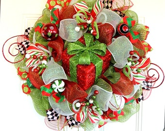 Lighted Present Christmas Deco Mesh Wreath Deco Mesh Christmas Wreath Git box Wreath whimsical Wreath Winter wreath