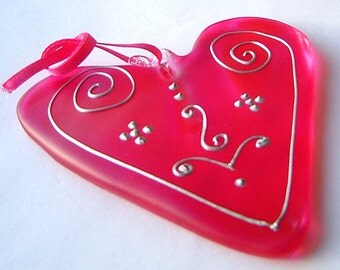 Hot Pink Glass Heart With Silver Design