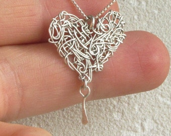 Heart art necklace, Wire heart necklace, Silver heart. silver wire heart, heart charm necklace, heart pendant, modern heart,  christmas gift