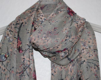 Bird Scarf, Grey Flower Bird Scarf, Spring Summer Scarf, Nature Scarf, Casual Formal Autumn Wear, Animal Scarf, Holiday Gift, Mother's Day