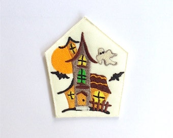 Ghost haunted castle Iron on Patch size 7 x 8.5 cm