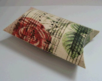 Pillow Box with Vintage Music Print (Pack of 10) Favor/Favour Pouch Wedding Box pbvl14