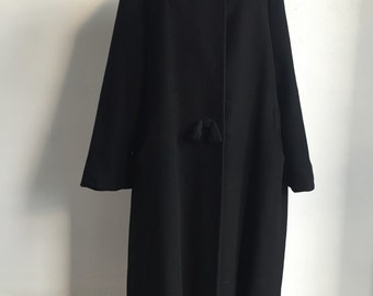 Vintage Black Wool Coat with Mink Collar and Bows
