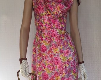 Vintage 1950's Wiggle Dress Pink Roses *50s Bombshell Floral  Audrey Dress* Rockabilly Dress *Pin-up Dress * Mad Men Era Mid Century Dress