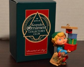 1990 Hallmark Keepsake Ornament - Collector's Club-Armful of Joy