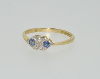 18ct yellow gold,  platinum sapphire and diamond boat shaped Art Deco ring size O