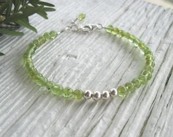 Peridot Bracelet, Stacking Bracelet, Sterling Silver Beads, Tiny Stone Bracelet, Dainty Gemstone Bracelet , Adjustable Size, Green Bracelet