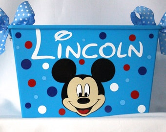 Mickey Mouse Favor Basket Personalized Bin, Waste Basket, Sand Pail, Beach pail, Storage Bin, Toy box - Polka dots and bows made with Vinyl