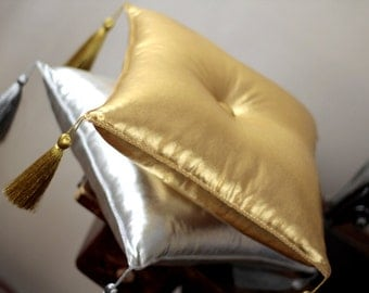 "Gold or Silver pillow 14"" with  tassel, stand pillow, display pillow , baptism cushion, decorativ pillow,tasseled pillow"