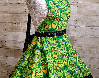 Old Fashionded Geek Chic Sweetheart Apron