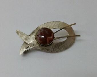 Art Deco brooch 835 fish rhodochrosite SB218