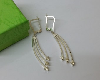 925 Silver earrings with Crystal trim SO225