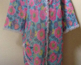 1970s Housecoat In Funky Colours/ plus size