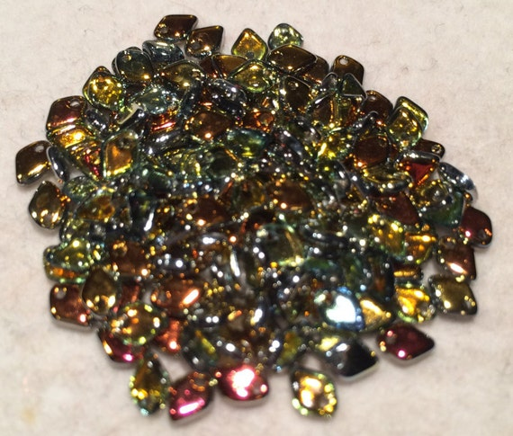 Dragon Scale Beads 1.5x5mm Crystal Marea 00030-28001 5