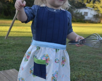 Little Apron ages 2 to 6 yrs