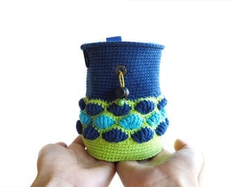 Rock Climber Chalk Bag. Indoor Rock Climbing and Outdoor Gift Idea. Crochet Chalkbag - M Size