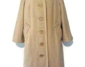 Women's/ Vintage 50s/ Wool Coat/ Alpaca/Lucite Buttons/Brown