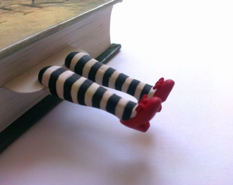 Handmade bookmark, OZ bookmark, red slippers, Unique bookmarks, Personalized Bookmarks, Wizard of Oz bookmark, cute bookmarks, book mark.